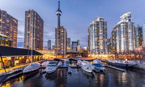 移民加拿大有什么好处和坏处,真的有8成人感到后悔吗?